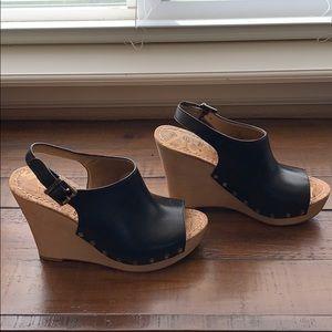 Sam Edelman Camilla black leather wedge size 7.